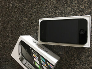 Mint condition iPhone 4s 8GBs