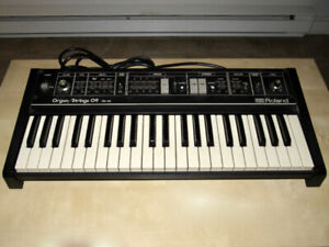 Roland RS-09 Organ/Strings Analog Synth Synthesizer 1979 Japan