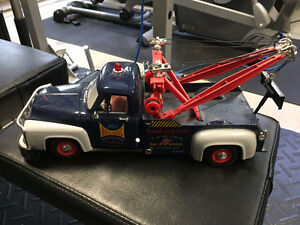 1953 F100 Towtruck 1:18 Scale Diecast