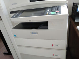 Black and white photocopier