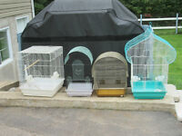 cages pour perruches ou petits oiseaux