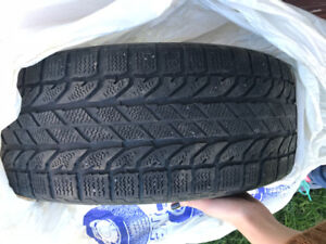 "Winter tires to sell 16"" / Pneu d'hiver 16"" à vendre"