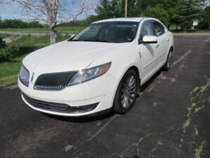 2013  LINCOLN  MKS  AWD LOADED  NEW  MVI  NEW  TIRE