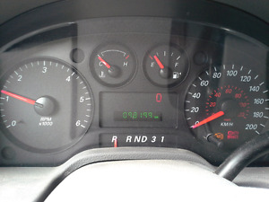Ford Freestar 98'108km **SPECIAL** 4999$ A-VENDRE / FOR SALE