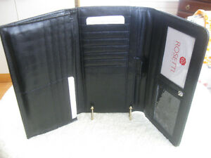 NEW DELUXE ROSETTI FITTED LINED TRIPLE-FOLD BLACK WALLET