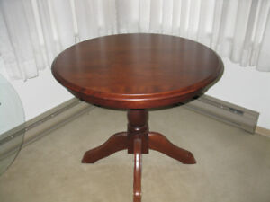"""Pine Table - 36 """" round with pedestal base"""