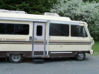 motorhome,,just in time for hunting.price reduced befor storing