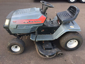 """MTD 18 HP Lawn Tractor with 46"""" deck"""