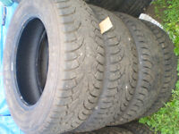 4  Winter Claw   EXT  P205/70R15 winter tires