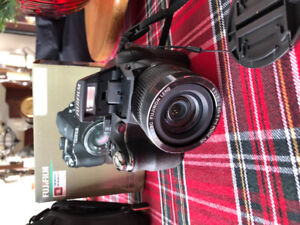 Camera Fujifilm Finepix S4000