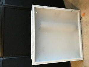 2 x 2 recessed fluorescent u tube light fixture plus new bulbs