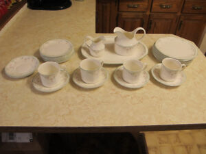 Royal Doulton Caprice Dishes