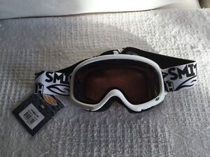 Junior Goggles - NEW with tags