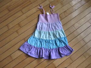 Size 5 dresses $5 each