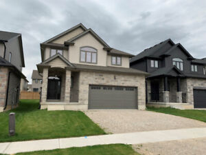 GORGEOUS DETACHED PROPERTY FOR SALE IN WOODSTOCK