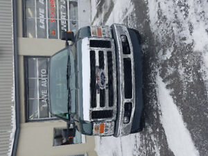 Ford F-350 2008 *très bas millage 101880 km**