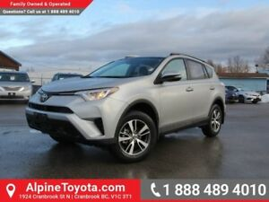 2018 Toyota RAV4 FWD LE  FWD - Heated Seats - Bluetooth