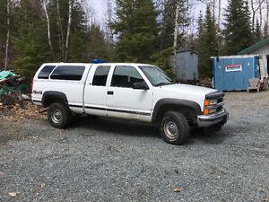 1999 Chevrolet C/K Pickup 2500 Ls Pickup Truck
