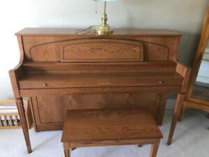 Yamaha 1998 M450 Tao Piano