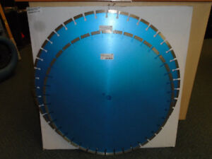24 & 26 INCH CONCRETE FLOORING BLADES. (DIAMOND TOOLS INC)