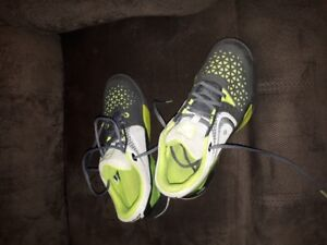 Mens size 8.5 sneakers