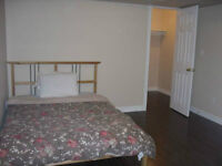 FURNISHED BEDROOM WITH PRIVATE BATHROOM CLOSE SQ-ONE FOR FEMALE