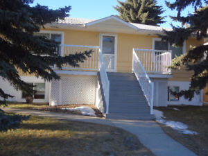 RENT REDUCED- NW- BEAUTIFUL 3 BR,1 BTH- MAIN FLOOR-HIGHLAND PARK