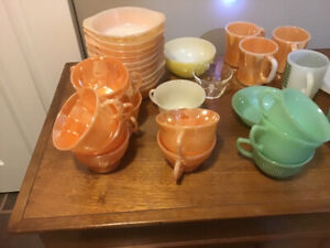 ANTIQUE DISHES....DEPRESSION GLASS...FIRE KING