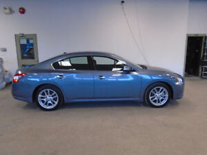 2010 NISSAN MAXIMA SV! LEATHER! NAVI! 48,000KMS! ONLY $19,900!!!
