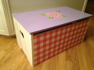 Girl's Toy Box