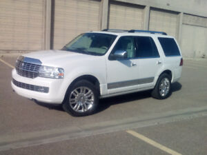 2011 Lincoln Navigator, only 67,000KM, 1 owner, EXC Cond.