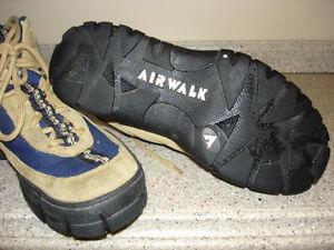 Airwalk Hiking boots/shoes boys size 6 Kitchener / Waterloo Kitchener Area image 2