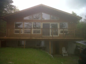 Beautiful Pigeon Lake Family Cottage - Weekly only during summer