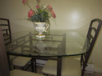 very nice round kitchen table with 4 chairs