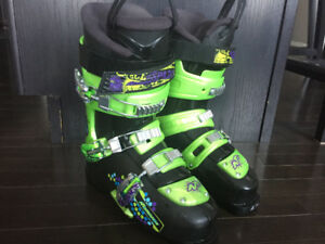Nordica Ski Boots Size 25.5 (295mm)