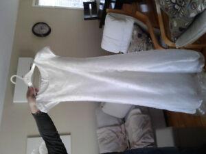 Robe chic blanche pour jeune fille - grandeur 12 ans