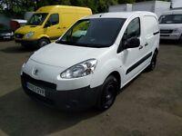 Peugeot Partner 1.6 HDI 75 TEPEE S (white) 2014