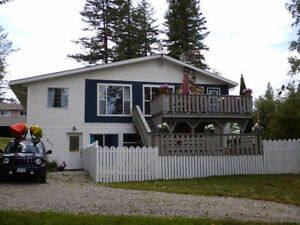 Large Character Home with River View and Privacy in N. Quesnel