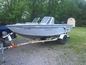 17.5 PRINCECRAFT FISHING BOAT 70hp JOHNSON AND TRAILER