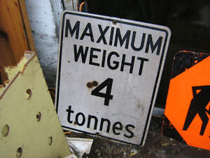 max weight sign