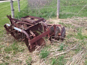 Farm Discs, Feed Dolly and Small Tractor Blade