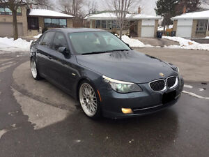 2008 BMW 528i Full Loaded Excellent condition 10500$ O.B.O
