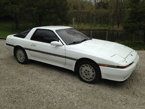 1990 Toyota Supra Coupe (2 door)