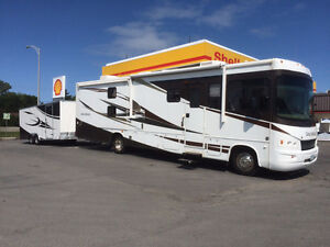 Class A gas motorhome 35ft Georgetown by Forest River Windsor Region Ontario image 1