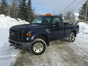 2010 Ford F-350 6.4 L turbo diesel power stroke xl Camionnette