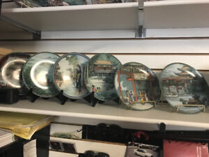 Big selection of collectable plates come have a look