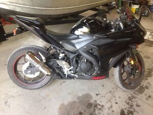 2015 Yamaha r3 for trade or for sale