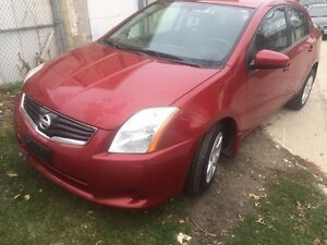 2010 Nissan Sentra clean title only $7800 or obo