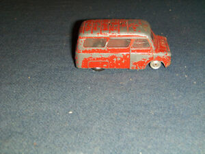 BEDFORD FIRE TENDER-VINTAGE CORGI TOYS DIECAST-NO LADDER