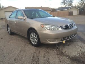 2005 Toyota camry $2800 or best offer
